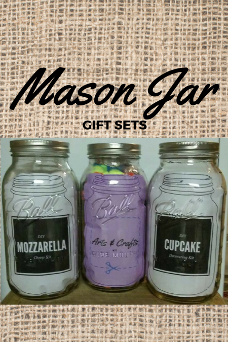 This mason jar advent calendar from Its Organised is a wonderful idea. These pamper yourself gift jars from Plum Adorable are plum adorable! That Winsome Girl shares her recipe for Lemon Shortbread Cookies in a Jar. This mason jar gift card holder by Cherished Bliss really makes a statement.